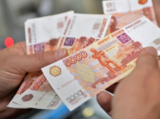 Исследование: Мигранты из Кыргызстана зарабатывают в России в среднем 29 тыс. рублей