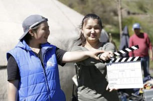 Откровенные сцены, отсутствие педагогов, низкие зарплаты, или Почему в Кыргызстане не хватает хороших актеров