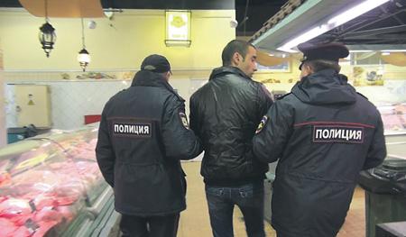 Кыргызстанец в Петербурге сбежал от приставов, чтобы не возвращаться на родину