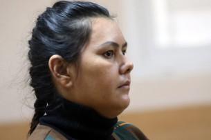 Отрезавшая голову четырехлетней девочке няня признала вину