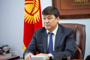 Бакыт Торобаев сдал подписные листы в ЦИК