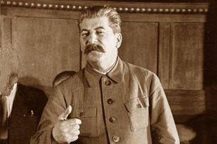 Сталин до конца своих дней отказывался верить в самоубийство Гитлера — ABС