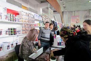 Более 40 фирм представили свою продукцию на международной ярмарке в Бишкеке