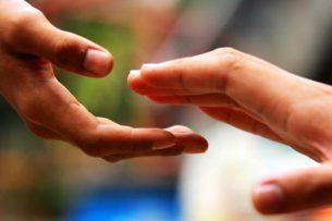 Правительство Кыргызстана совершенствует систему помощи малообеспеченным семьям