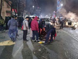 В центре Бишкека произошла страшная авария, погибла женщина (осторожно фото!)