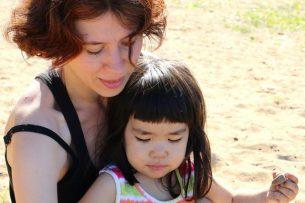 Мне не нужен муж-расист: история москвички, удочерившей кыргызскую девочку