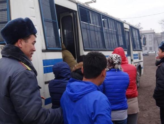 Порно видео кыргызских девушек