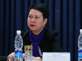 В Бишкеке растет число школьников из бедных семей