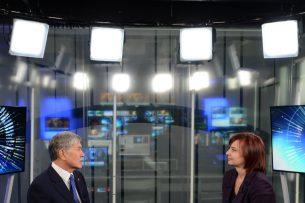 «Жить как в джунглях, что ли?»: Атамбаев о Путине, Украине, коррупции и Аскарове на Euronews