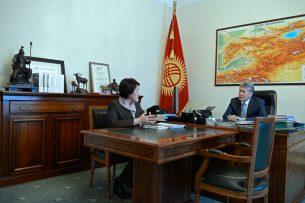 Выборы президента Кыргызстана пройдут 19 ноября