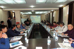 Полпред Иссык-Кульской области обсудил с руководством «Кумтора» реструктуризацию фонда развития