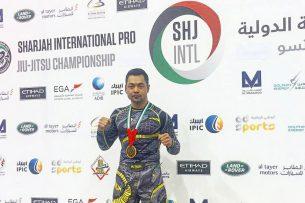 Экс-депутат ЖК завоевал «золото» по джиу-джитсу в ОАЭ