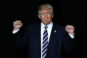 Трамп объявил о победе над террористами в Ираке и Сирии