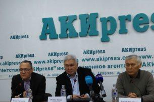 Кулов: Консультация с другими странами по выборам президента КР неизбежна