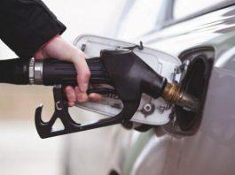 Пять главных ошибок при заправке автомобиля
