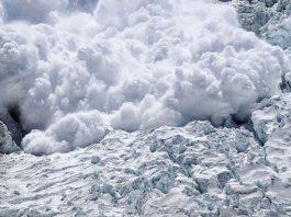 Штормовое предупреждение: по Кыргызстану местами обильный снегопад и похолодание