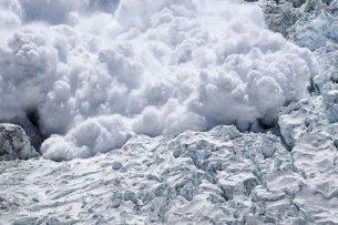 Кыргызский военнослужащий погиб под снежной лавиной