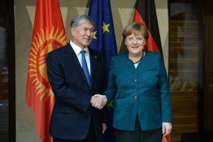 Алмазбек Атамбаев и Ангела Меркель обсудили основные вопросы сотрудничества