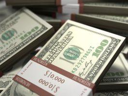 Жительница США выиграла миллион долларов из-за отмены рейса