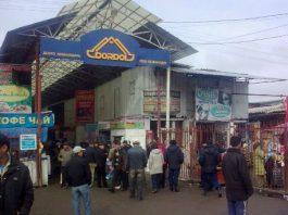 Казахские СМИ о крупном рынке Кыргызстана: «Дордой» – страна железных контейнеров