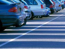 Депутат БГК: Частные компании завладели гостевыми парковками