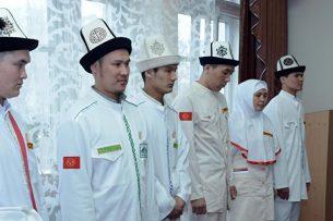 ДУМК определилось с новой одеждой для паломников
