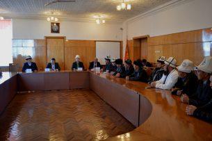 В Иссык-Кульской области озаботились внешним видом мечетей