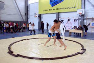 В Бишкеке определились победители первенства по борьбе сумо