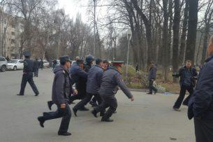 Омбудсмен: При вынесении меры пресечения, права задержанных митингующих в поддержку Жапарова не нарушены
