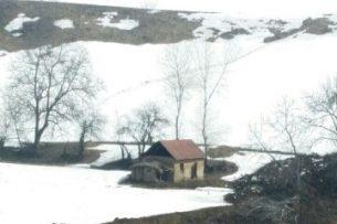 Поиски жителей Узгена, оставшихся под оползнем временно приостановлены