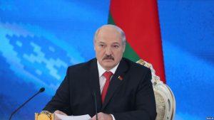Белоруссия в борьбе с коронавирусом выбрала особый путь, несмотря на критику со стороны других стран, в том числе «родных братьев на востоке», заявил ранее Лукашенко