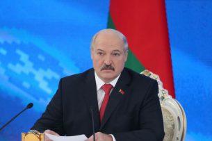 Лукашенко — о карантине: «Это мы можем организовать в течение суток. А жрать что будем?»