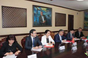 Кыргызстан и Италия обсудили текущий статус двустороннего сотрудничества