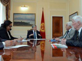 Президент встретился с учеными, доказавшими связь народов Енисея с тянь-шаньскими кыргызами