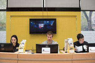 Beeline открыл двери журналистам: как работается в крупнейшем сотовом операторе