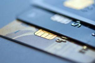 Какую банковскую карту лучше взять в путешествие?