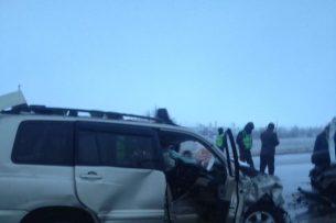По дороге на Иссык-Куль произошло крупное ДТП (фото, видео)