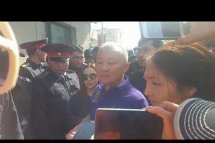 Нариман Тюлеев: Если нас не пустят в здание, я объявляю голодовку