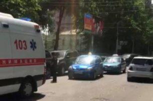 Очередной наезд на пешехода: В центре Бишкеке сбили женщину