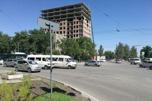 Активист: Пешеходный переход на пересечении Алма-Атинской и Чуй опасен для жизни