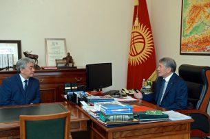 Алмазбек Атамбаев и Тугелбай Казаков обсудили планы по соцподдержке работников культуры