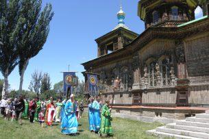 Отец Сергий: Мэр Каракола заявляет журналистам, что не хотел отбирать территорию храма