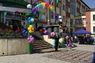 «Газпром Кыргызстан» выделил 150 тыс. сомов на строительство детской площадки для юных пациентов НЦОМиД