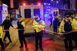 В Лондоне фургон совершил наезд на пешеходов, один погиб