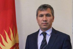Акрам Мадумаров прокомментировал ситуацию с преподавателями без галстуков