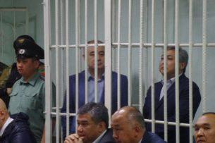Верховный суд рассматривает решение об изменении меры пресечения Текебаеву и Чотонову