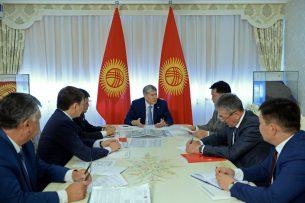 Президент поручил оснастить Центр онкологии необходимым оборудованием до октября
