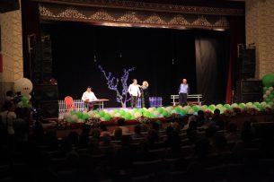 В Оше начал гастроли Узбекский государственный театр музыкальной драмы и комедии имени Мукими