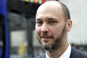 Журналист Сыргак Абдылдаев заявляет о реабилитации Бакиевых под грифом «секретно» — СМИ