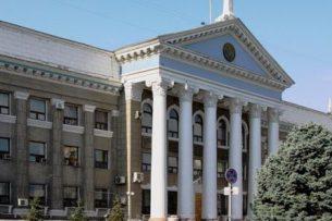 Мэрия Бишкека выступает против масштабной вырубки деревьев